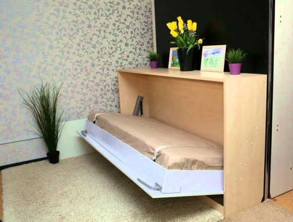 Кровать трансформер для малогабаритной квартиры