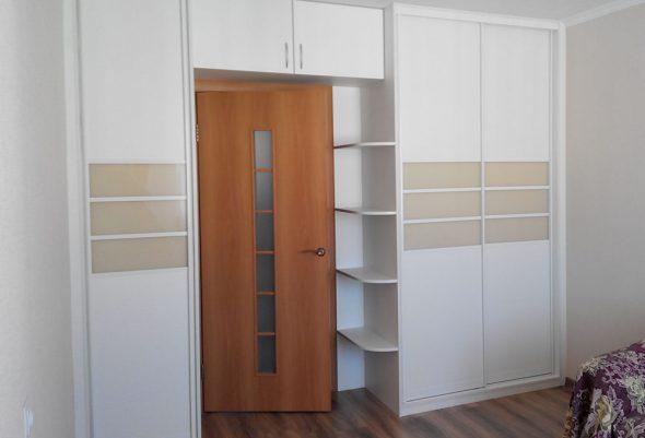 Шкаф-купе арочный белый