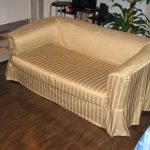 атласный чехол на диван своими руками
