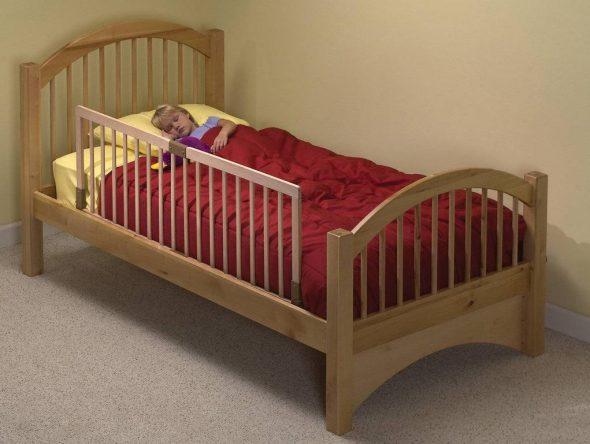 делаем кроватку для ребенка сами