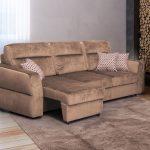 диван коричневый замшевый