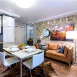 дизайн кухни 10 кв. м. с диваном интерьер