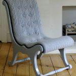 кресло с вязаным чехлом