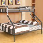 кровать двухъярусная Семейная