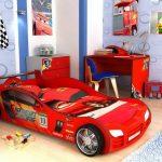 кровать машина красная