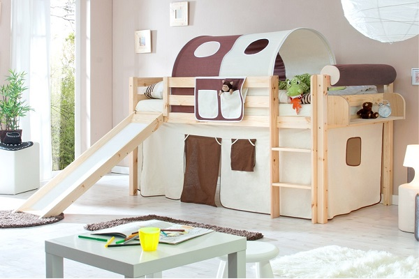 кровать с горкой и башней