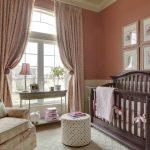 кроватка детская коричневая