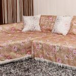 накидка на диван с цветами