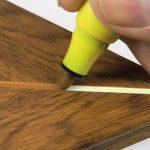 обработка мебели восковой карандаш