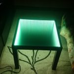стол с эффектом бесконечности зеленый