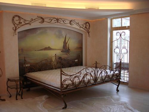 Фотообои в изголовье кровати – простой и стильный вариант оформления комнаты