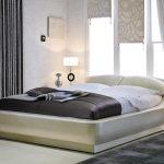 Красивые двуспальные кровати в спальню