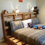 кровать из паллетов детская