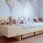 кровать современная из дерева