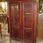 Реставрация старого полированного шкафа