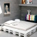 кровать из поддонов самодельная
