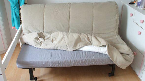 Сборка дивана от Икеа