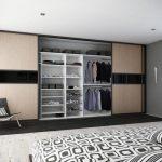 встроенный шкаф купе в большой спальне