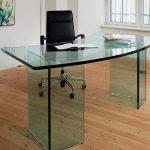 Стеклянный стол письменный