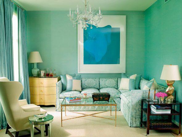 бледно зеленый диван