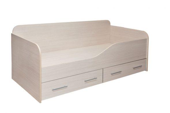 деревянная кровать с бортиком