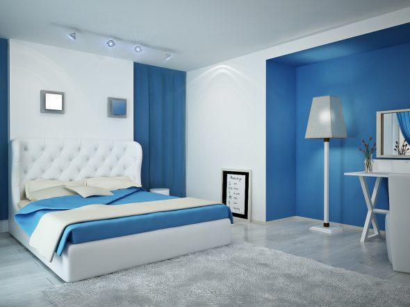 спальня бело голубых оттенков