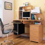 компьютерное кресло дома