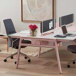 офисное кресло серое
