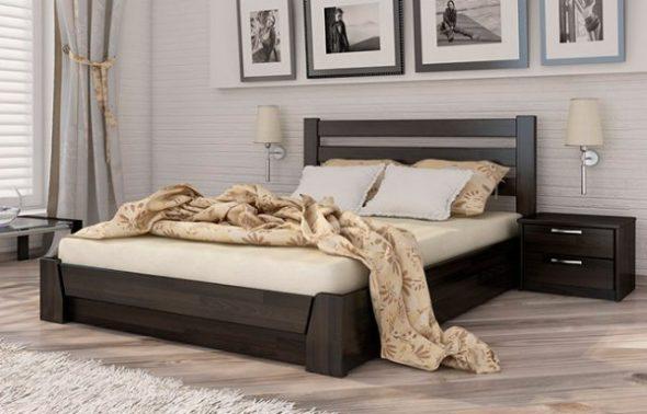кровать полутороспальная в спальне