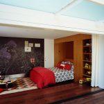 кровать шкаф в квартире студии