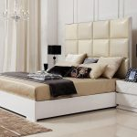 двуспальная кровать бежевая