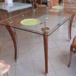 стеклянные столы обеденный