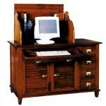 Деревянный компьютерный стол в стиле кантри
