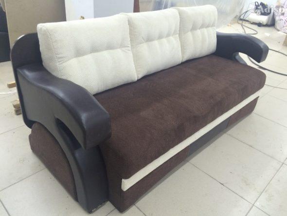 Диван стол трансформер 3 в 1 коричневого цвета