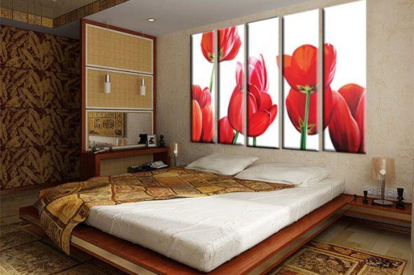 Картина в спальню над кроватью