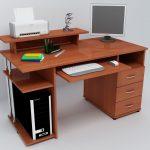Компьютерный стол практичный