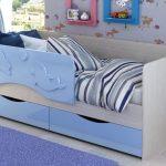 Кровать Дельфин с ящиками голубая
