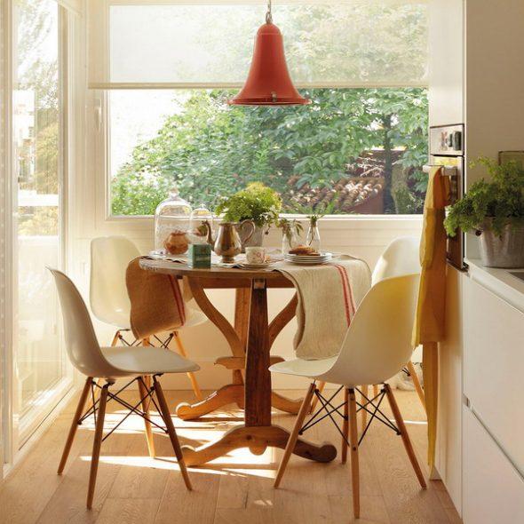 Обеденный стол на кухню