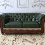 зеленый диван кожаный