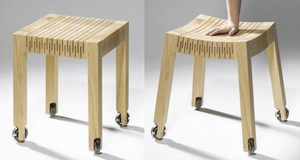 Стул из дерева с гибким сиденьем