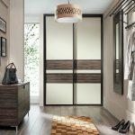 Встроенные шкафы для маленького помещения