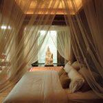 балдахин в красивой спальне