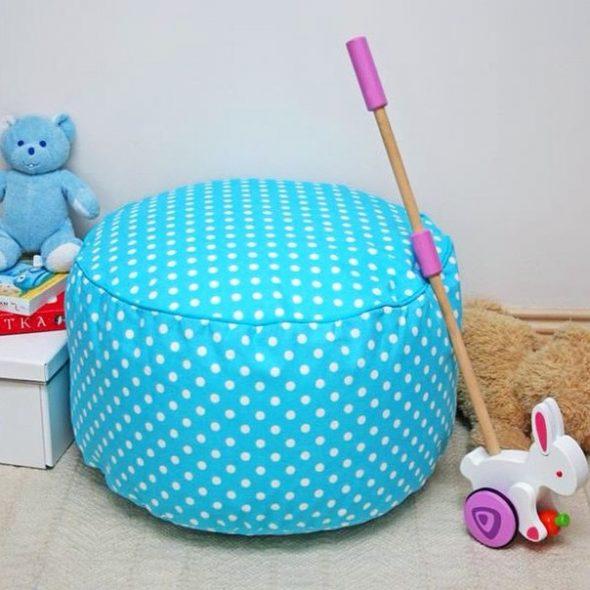 бескаркасный пуф для детских комнат из ткани