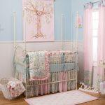 бортики в кроватку для новорожденных в интерьере