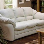 изысканный диван с экокожи