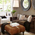 коричневый диван в гостиной дизайн