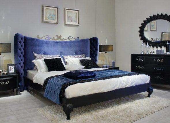 бархатная двуспальная кровать