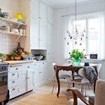 недорогой вариант отделки кухни с гостиной