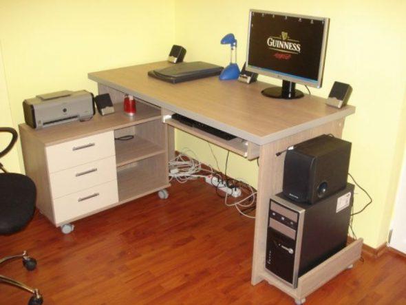сделать красивый компьютерный стол своими руками