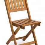 Благодаря удобному складному механизму стул можно хранить